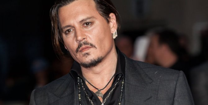 Johnny Depp, Trump'tan özür diledi